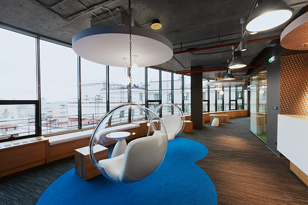 v kontakte headquarters industrial warehouse interior design style  V Kontakte's New Head Quarters in Saint Petersburg Russia 8570731183d31518128268ca1c8afca6