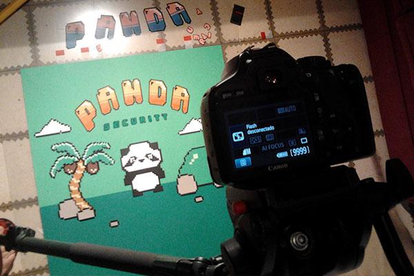 Panda  stop motion pixel 8 bits animation  antivirus game security