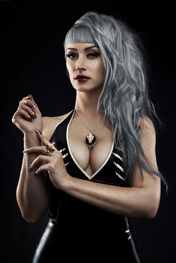 neadune grimart beauty gothic latex black #janedoelatex #manicpanic #manicpanicnyc