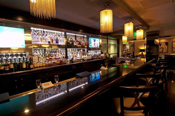 6 Sports Bar Interior Design Morton 39 S The Steakhouse Houston Galleria Photos On Behance