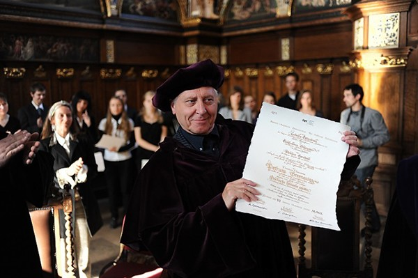 kaligrafia dyplom honoris Causa peter greenaway lettering