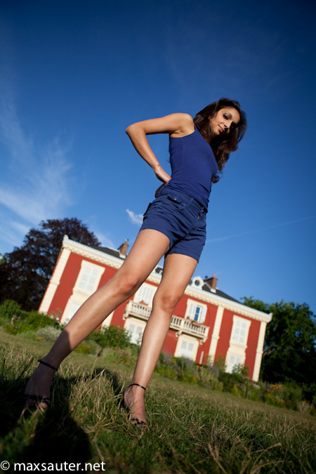 girl woman beauty blue france red house