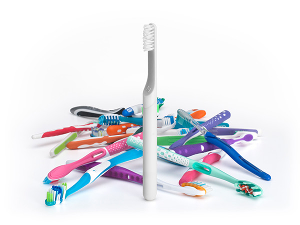 toothbrush,designer,design,Health,beauty,minimal,pure,simple,Beautiful,wood,plastic,aluminum,bead blasted,anodized