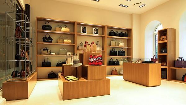 Магазины сумок в Новосибирске - на портале BLIZKO