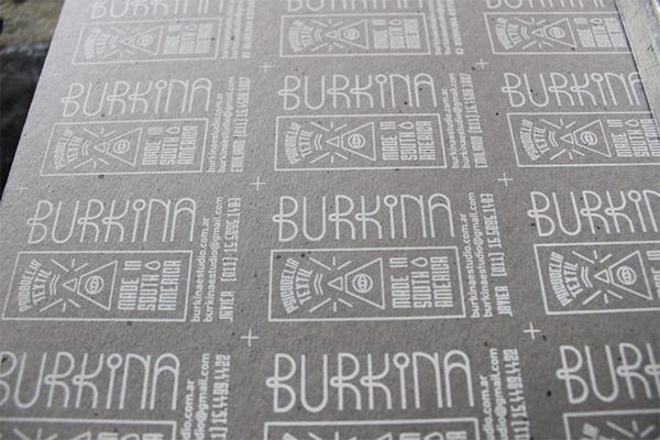 Burkinas screenprinting business card on behance business cards for burkina estudio screeprinted one ink on grey cardboard 13 mm edges painted with blue spray paint 100 handmade colourmoves