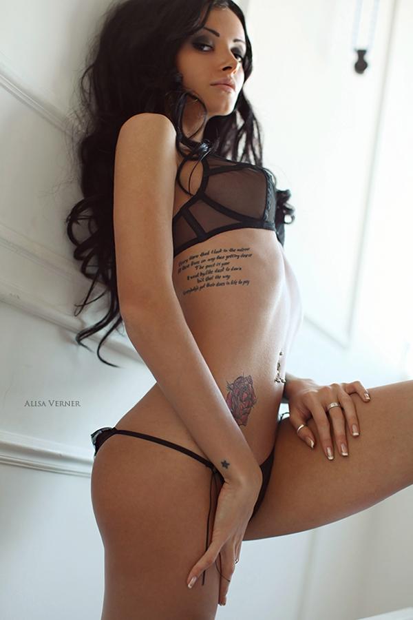 Louise lombard nude pics