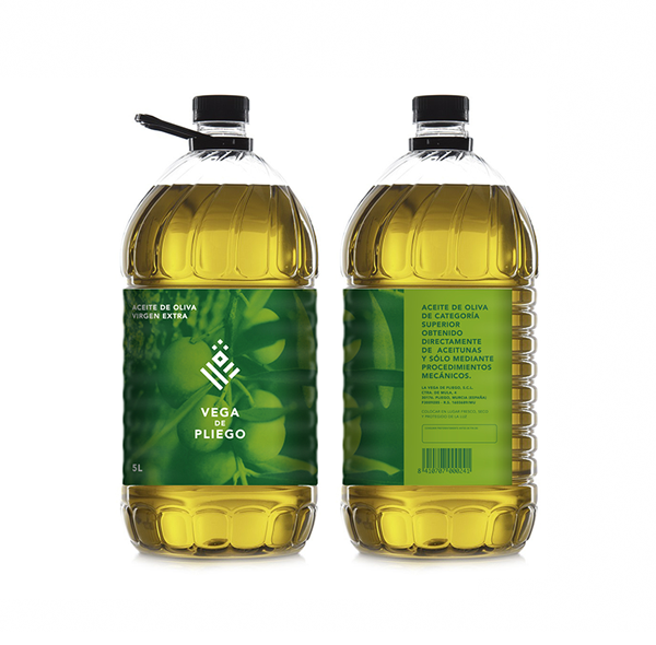 co-op farmers logo Cooperativa agricola brand identity green pliego