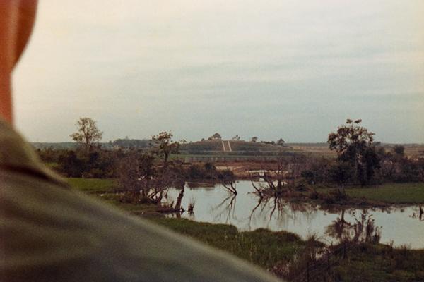 vietnam  vietnam war Dave Staniszewski  john sisson photohtaphy sissonphotography CH-47 Chinook agent orange war photography phu loi 213 ASH BlackCats Documentary  Documentary Photography