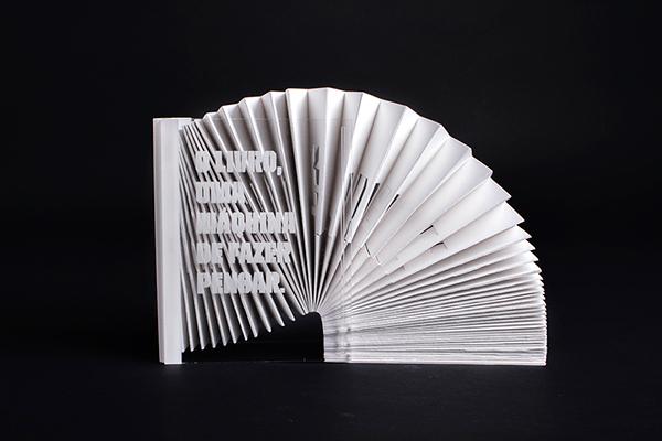 ESAD book machine think didactic Lúdico objecto  livro