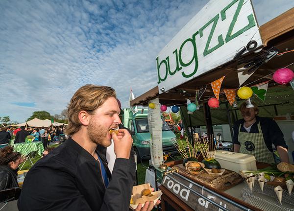Rollende Keukens Amsterdam : Rollende keukens food cart festival in amsterdam on pantone canvas