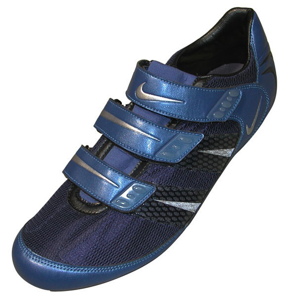 d0921469d ... a series of cycling shoes for Nike. The Poggio II (red or silver  striped shoe) was their flagship model for Spring 2003