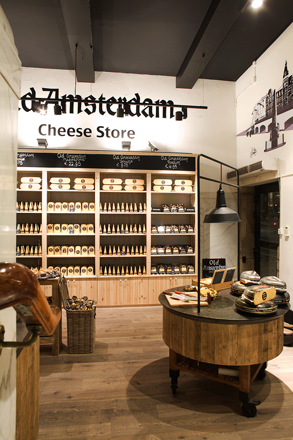 Old amsterdam store dam square amsterdam nl on behance Interior design shops amsterdam