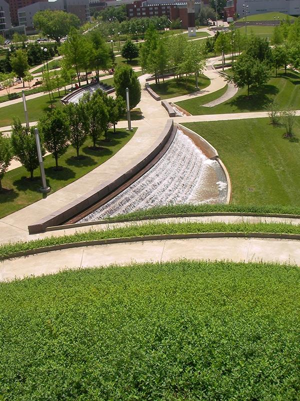 University Of Cincinnati Ohio Campus Green On The
