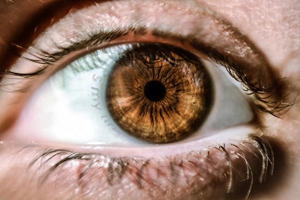 精美的24款手繪眼睛欣賞