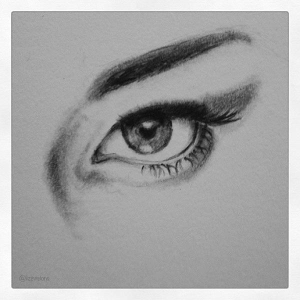精美的24個手繪眼睛欣賞