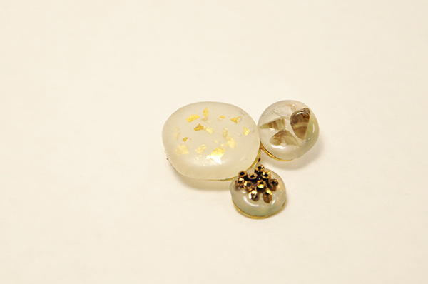 Glue stones brooch on behance for What kind of glue to use for jewelry