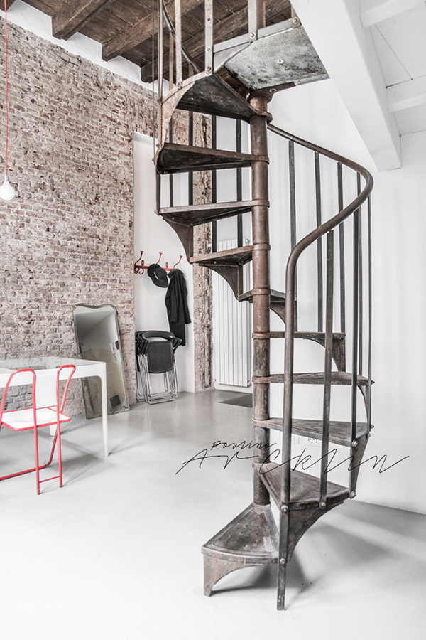 Airbnb loft in milan italy on behance - Estanterias de hierro ...