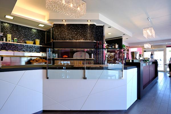 Bar pizzeria ristorante arco arredamenti srl on behance for Toto arredamenti