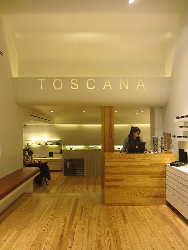 Ptica en madrid on interior design served - Optica toscana madrid ...