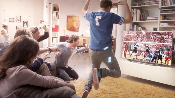 Samsung smart tv tv football slowmotion Timefreeze slomo timelapse frozen moments Still matrix effect living room