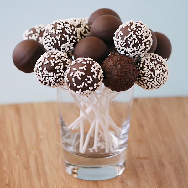 Шоколадные кейк попсы рецепт с фото