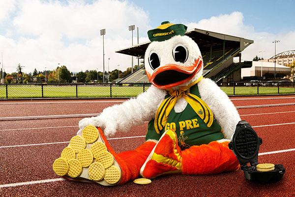 university of oregon 2014 duck calendar on behance