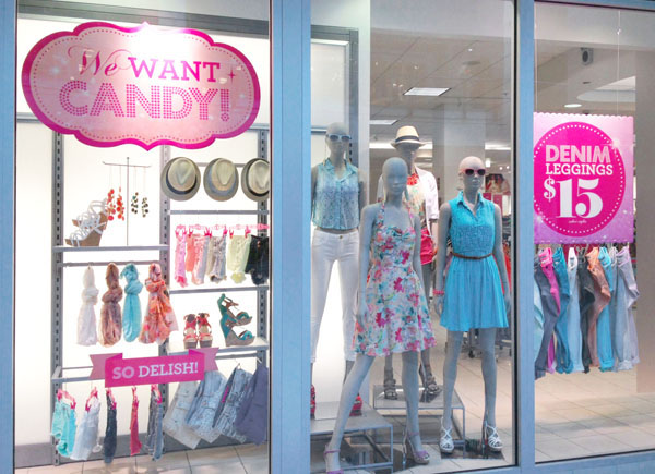Graphic Design Ideas For Clothing Stores Design of the focal window