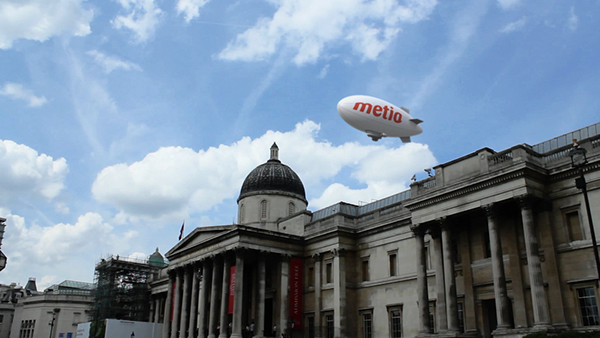 dslr London airship compositing