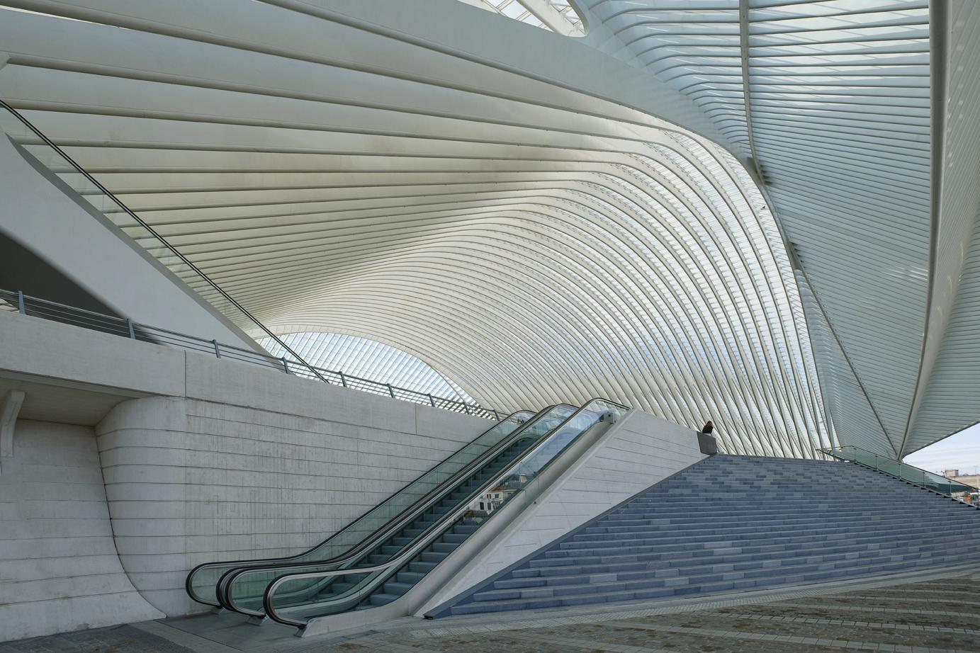 architect santiago calatrava essay Santiago calatrava valls is a spanish/swiss architect, structural engineer, sculptor and painter he has offices in new york city, dubai, and zürich.