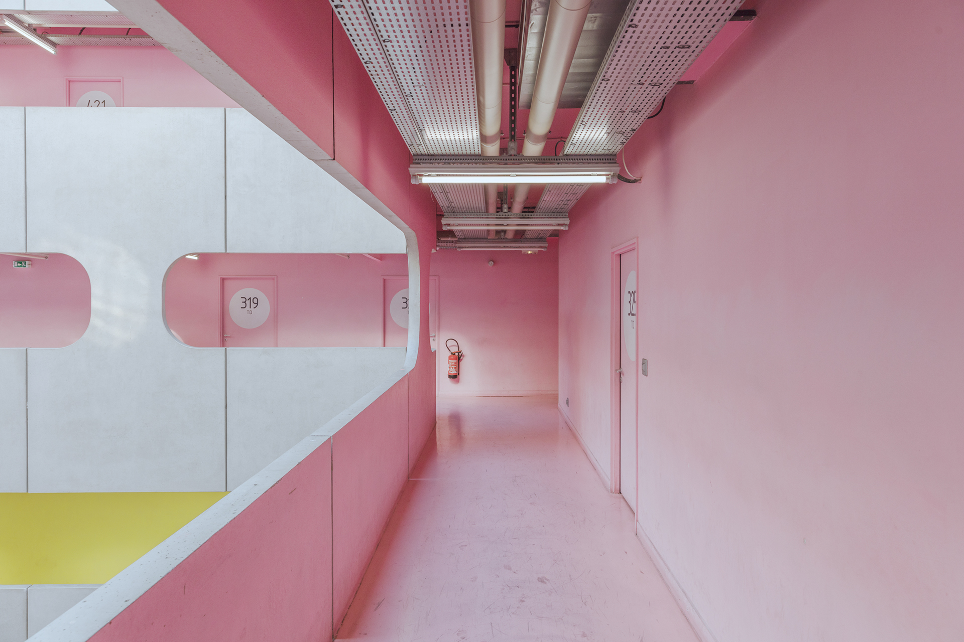 Photography & Architecture: Colorful University in Paris