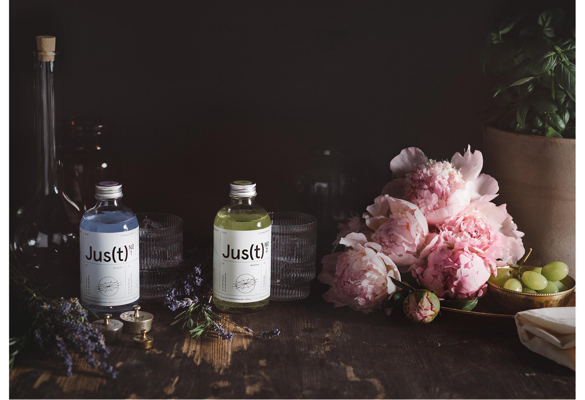 Contemporary Branding for a New Austrian Verjus Sprizz – Jus(t) by KR8 Bureau