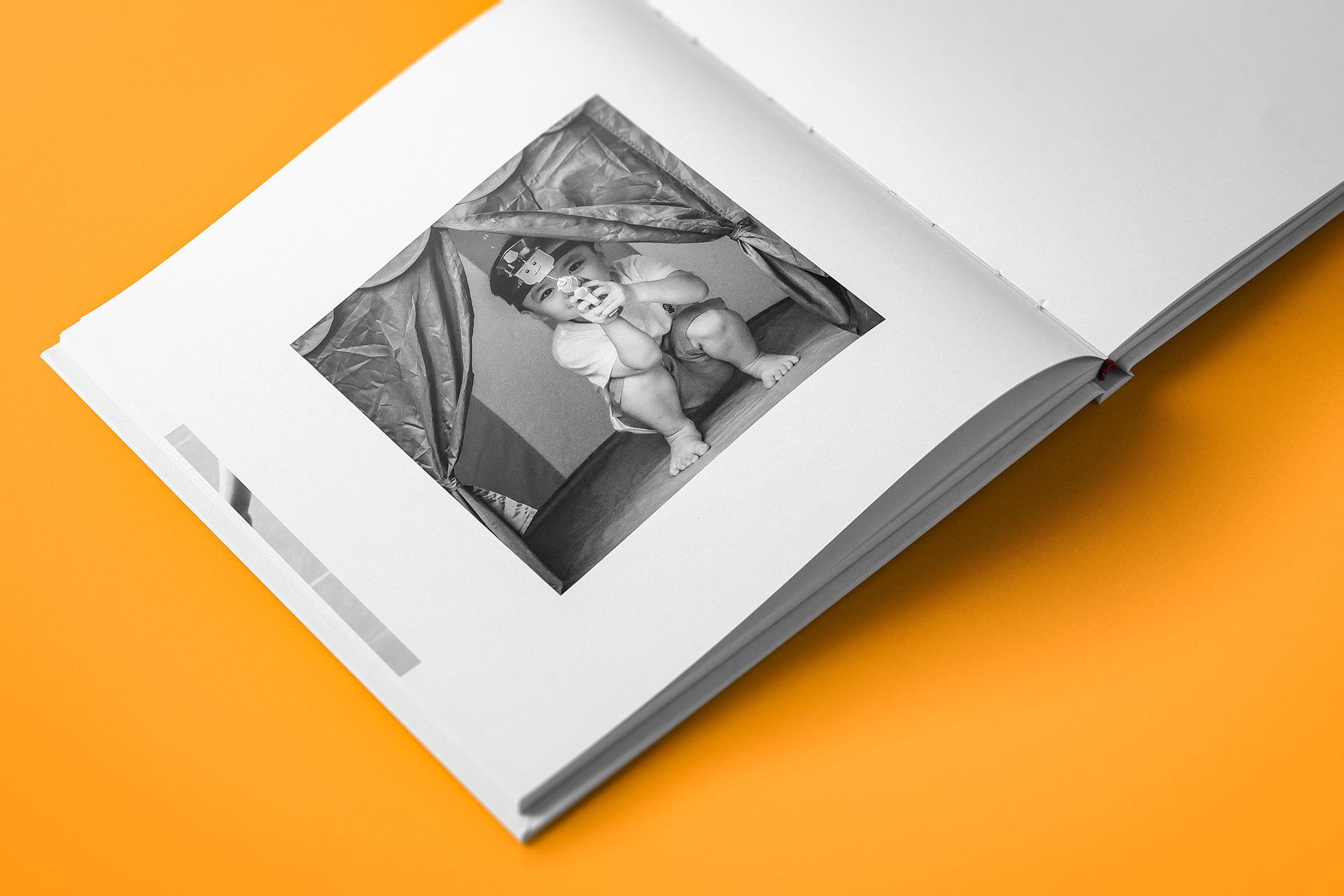 Design Studi- Online, Design Studio Online, DS-O, DSO, dsovn, design studio, studio online, design, studio, dịch vụ thiết kế đồ họa chuyên nghiệp, dịch vụ graphic design, dịch vụ design, dịch vụ tư vấn định hướng hình ảnh chuyên nghiệp, dịch vụ thiết kế photobook, dịch vụ thiết kế dàn trang, dịch vụ thiết kế editorial, dịch vụ thiết kế tạp chí, dịch vụ thiết kế magazine, dịch vụ thiết kế báo cáo thường niên, dịch vụ thiết kế annual reports, dịch vụ brand photography, dịch vụ chụp ảnh sản phẩm, dịch vụ chụp ảnh thương hiệu, dịch vụ digital imaging, dịch vụ retouching, dịch vụ chỉnh sửa hình ảnh, dịch vụ thiết kế photo manipulation, dịch vụ thiết kế photo manip.