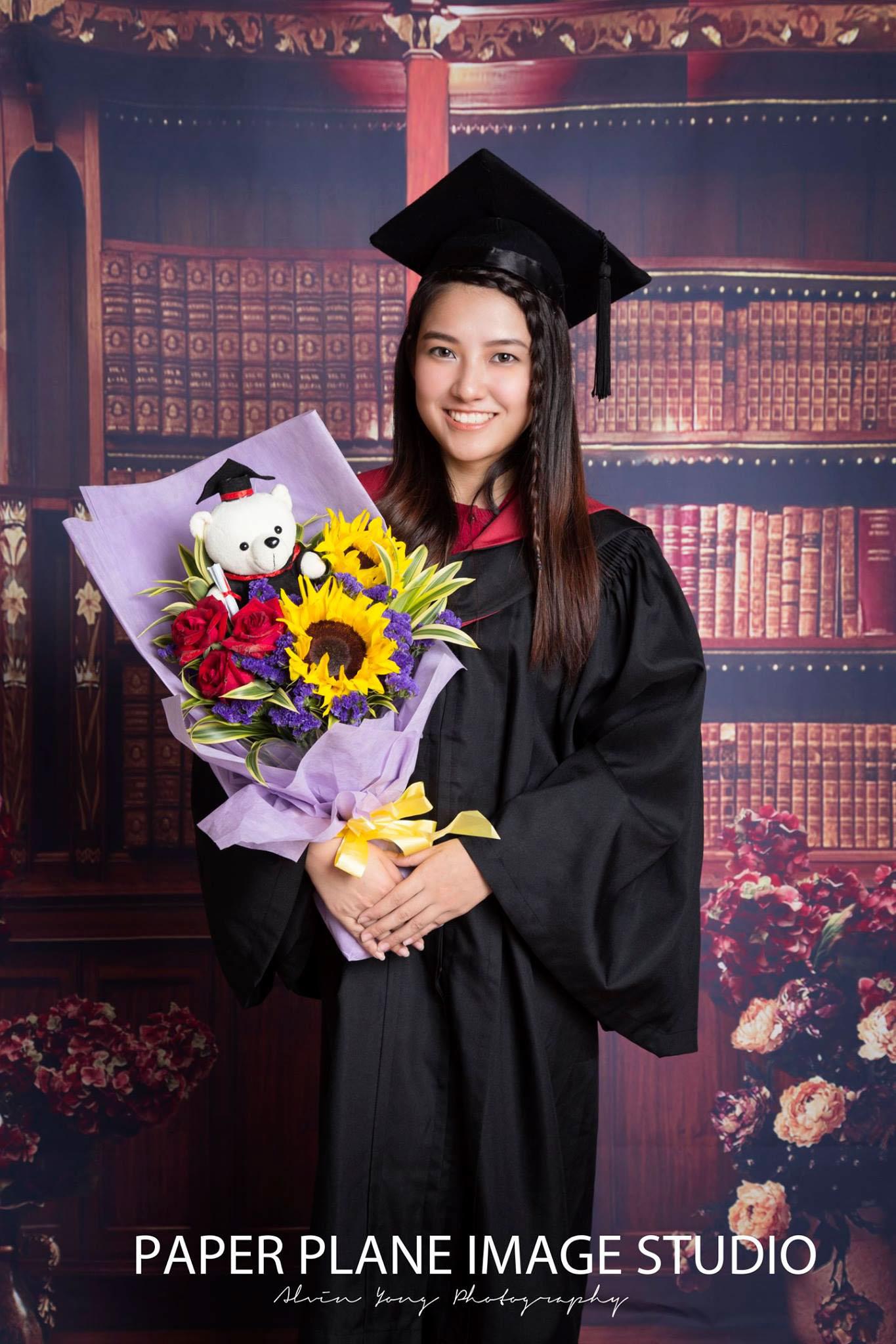 Graduation Photo Shooting, Graduation Video Shooting, Graduation Shooting, Graduation Studio Photography, Graduation Photographer Malaysia, Malaysia Graduation Malaysia, Malaysia Graduation Studio Photography