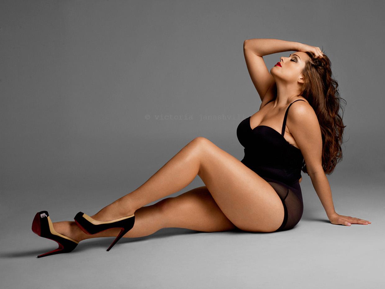 Эротическое фото рост вес, Голые в полный рост - фото стоящих девушек 26 фотография