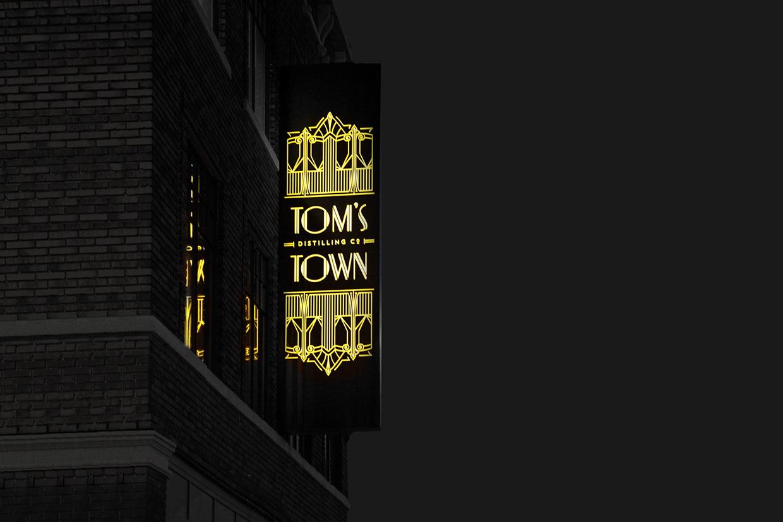 Tom's Town Branding