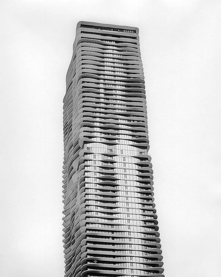 Aqua Tower, Studio Gang Architects, 2014