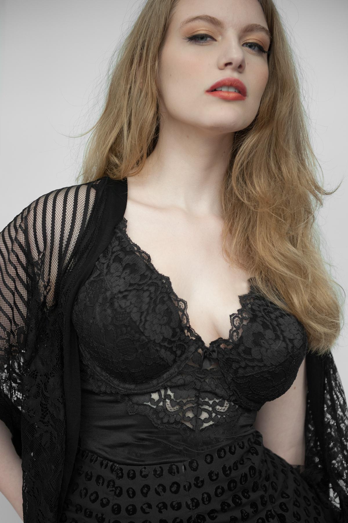 Adobe Portfolio Ariana Corrao lori patrick portrait Lori Patrick modern beauty Brooklyn