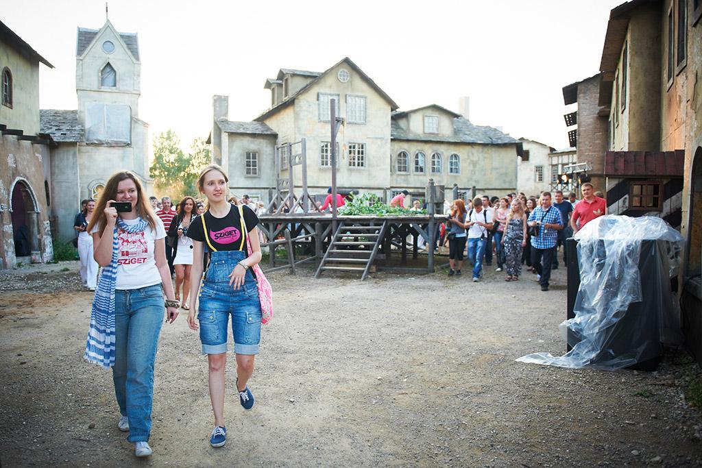 Event Russia event marketing Organizing promo venue direction live corporate Stage theater  Events bruegel fantasy flemish