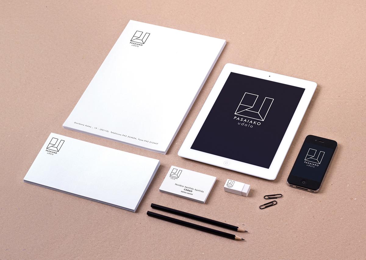 logo imagen corporativa pasaia Manual de Marca guipuzcoa identidad corporate image minimalist White black simbolo Papeleria merchandising type