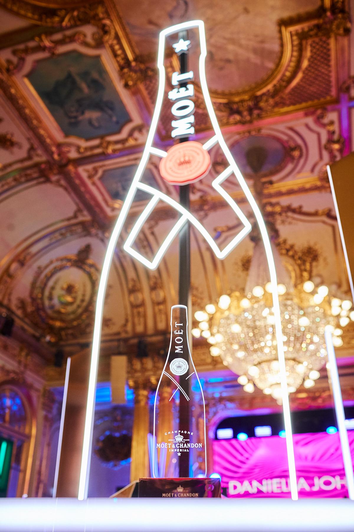 Awards Bar Design Champagne Fashion  gold Moet
