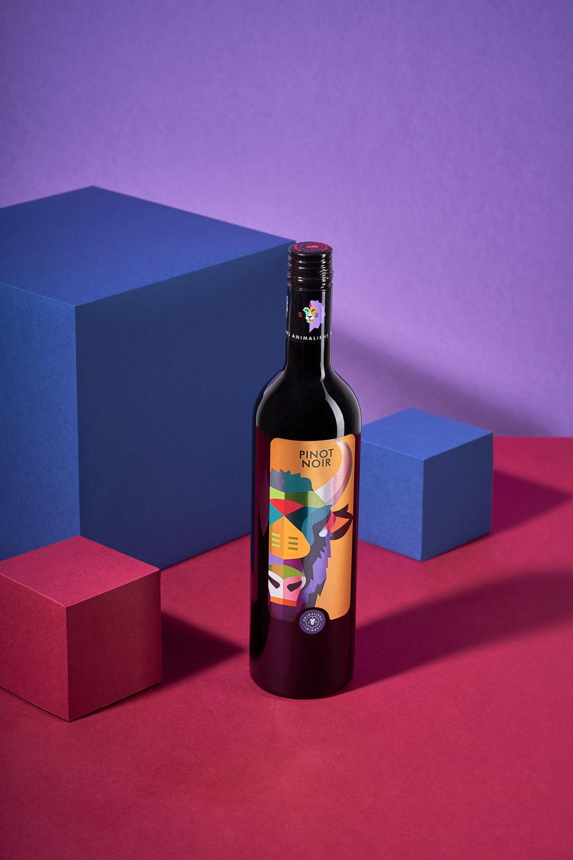 Animaliens hiddenhallow Moldova Photography  piko creative Product Photography wine wine photography
