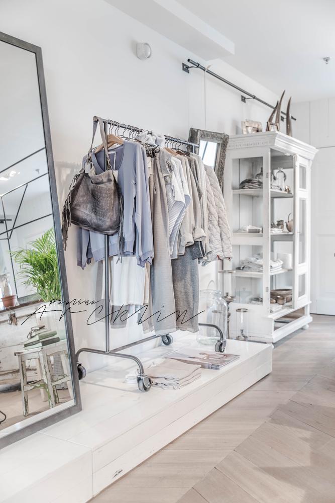 Yaya clothing store