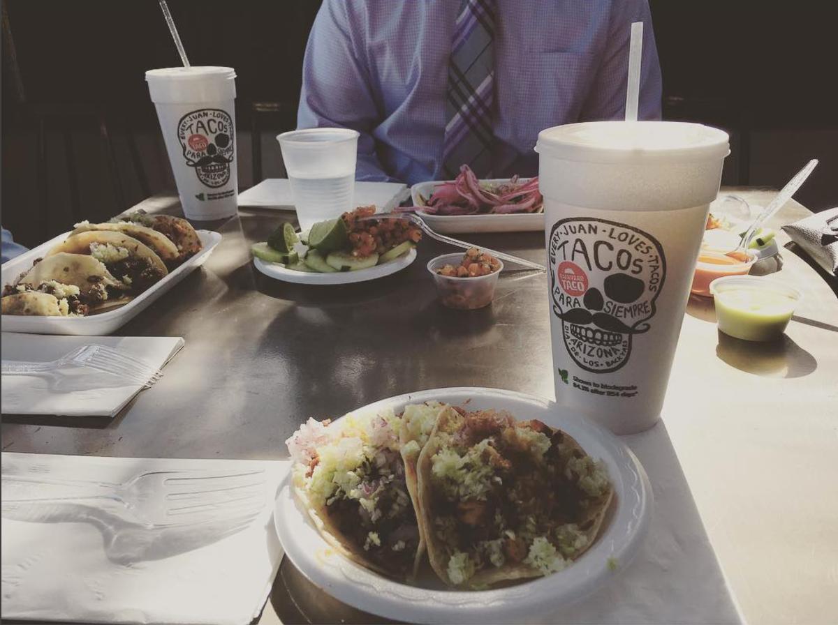 backyard taco branding on behance
