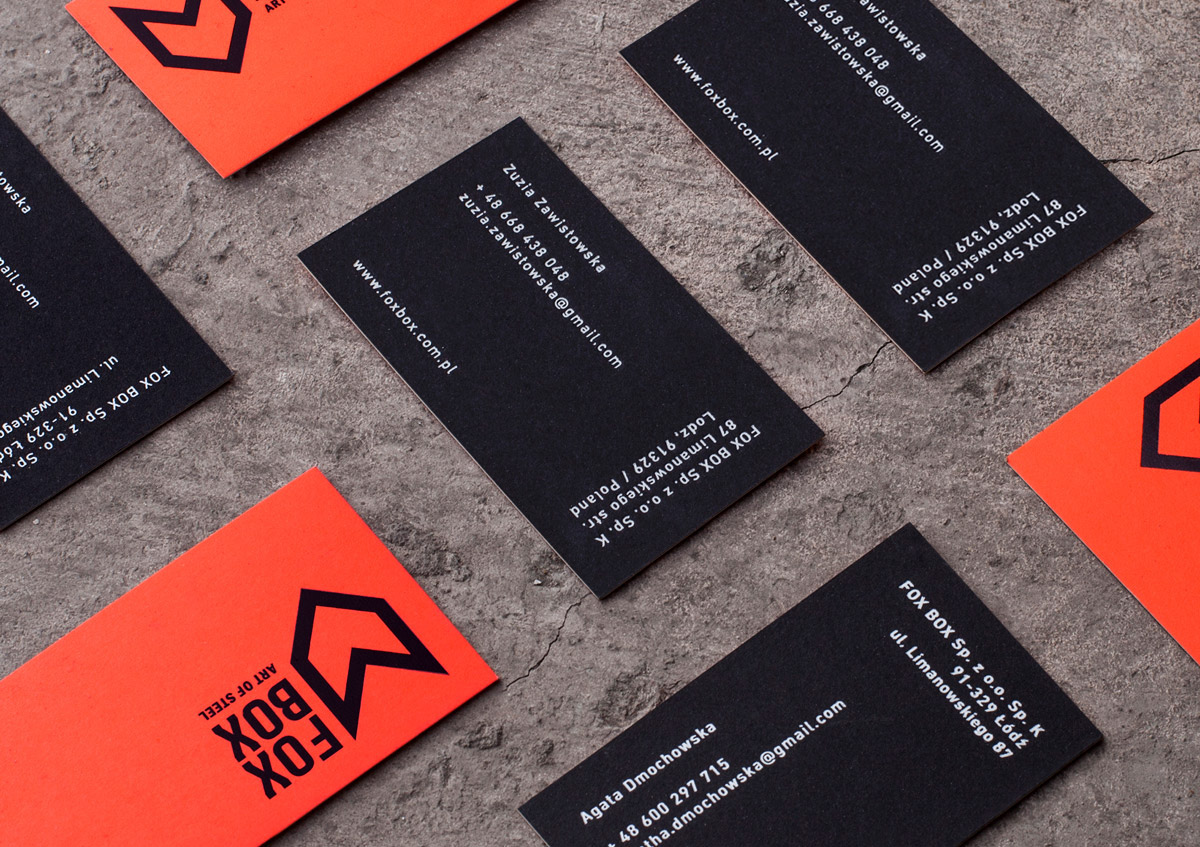 logo orange box fluo cube steel container visitcard Space