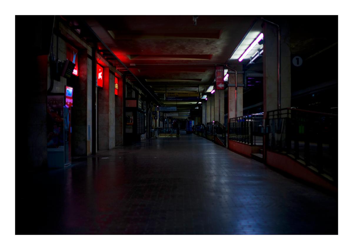Adobe Portfolio Photography  photographer homeless dark Italy night