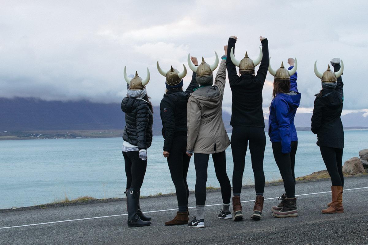 церковь относится исландия фото народ фотосъёмка, фото документы