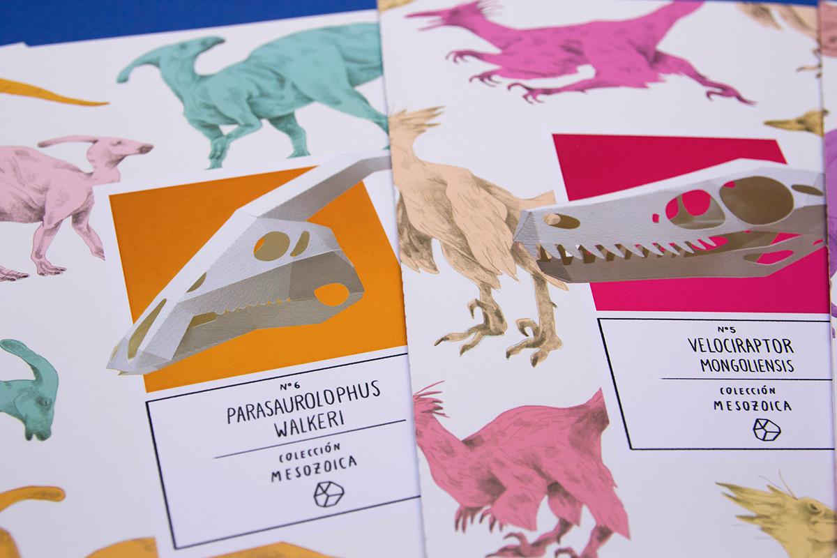 Dinosaur dinosaurio mesozoic coleccion mesozoica triceratops tyrannosaurus t-rex carnotaurus velociraptor brachiosaurus parasaurolophus papercraft assembling museum museo