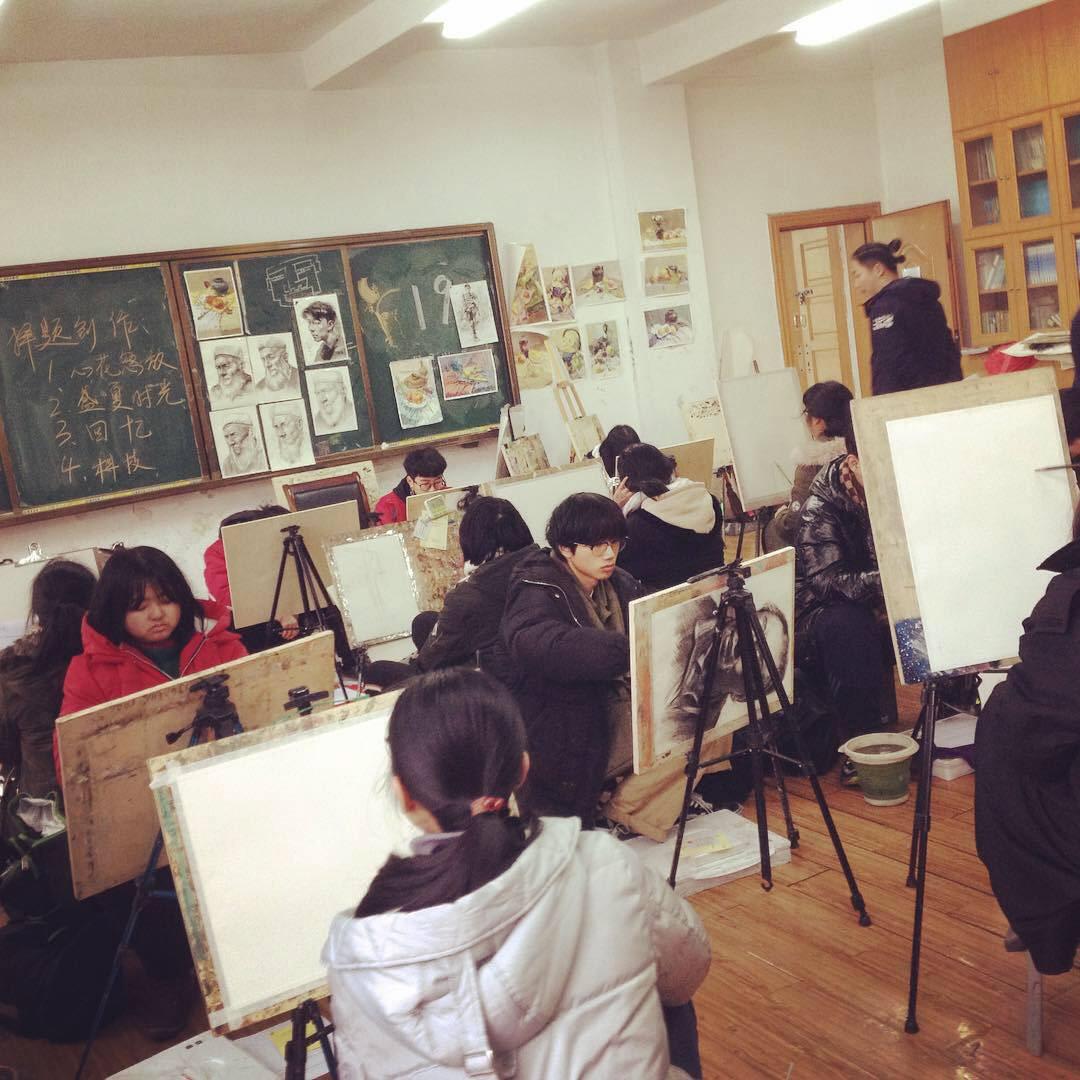 Visiting Professor,Francesco Mazzenga,Hongyu School,cina,china,design,ILLUSTRATION ,editorial design ,marketing  ,Accademia Belle Arti