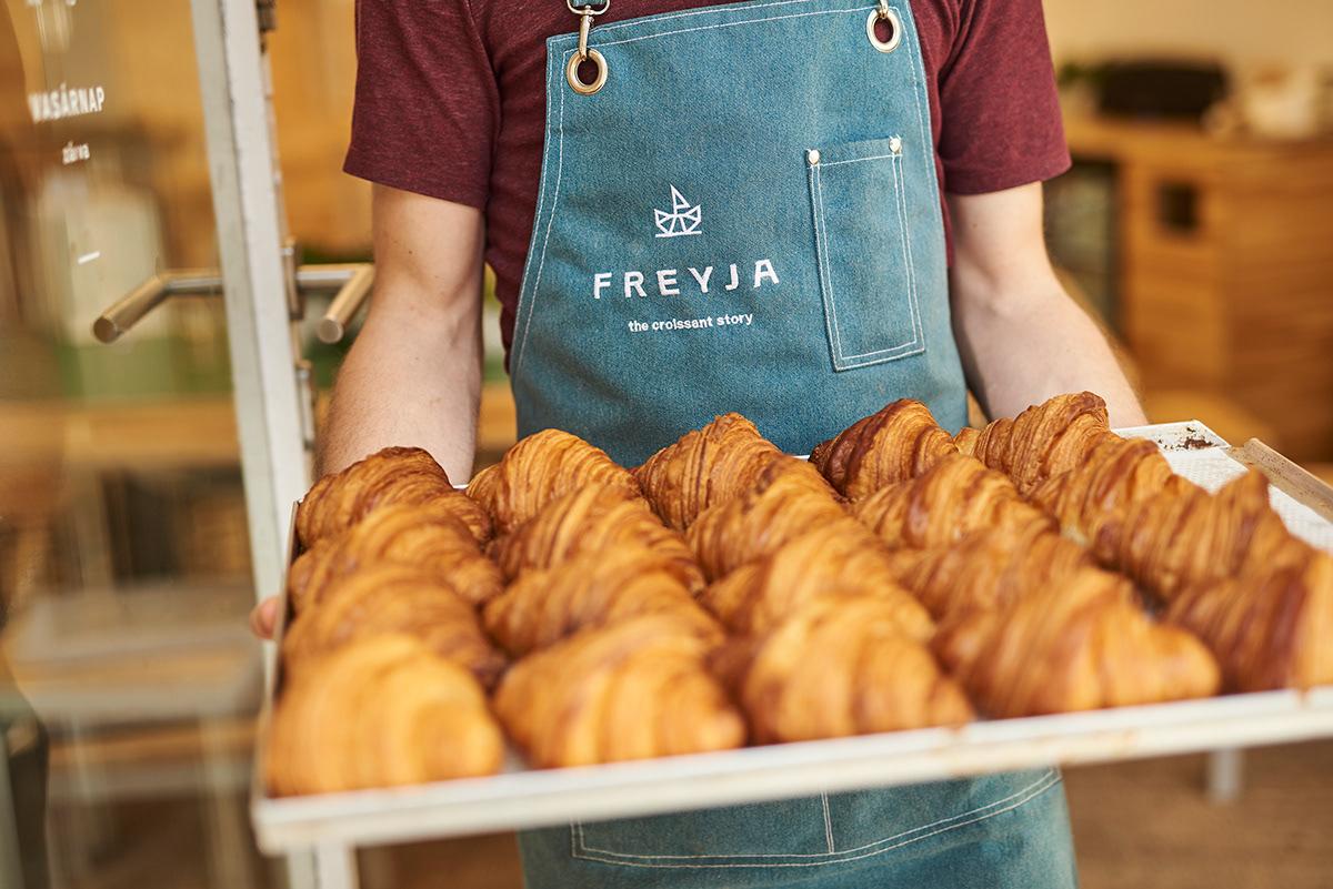 freyja croissant bakery boat