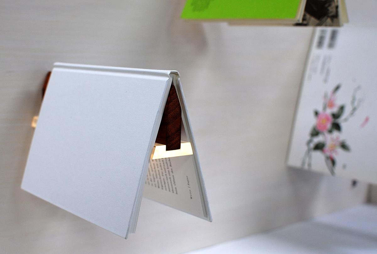 bookshelf light
